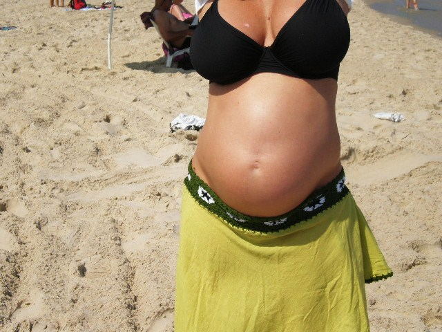 6 month pregnant indian 2